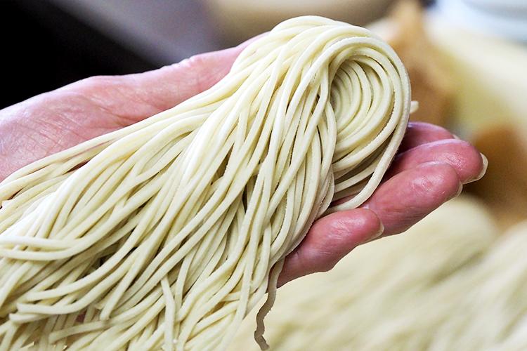 国産小麦と製法にこだわった自家製麺
